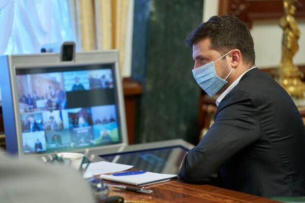 Зеленський попередив про спалах COVID-19 після травневих свят та звернувся до МОЗ
