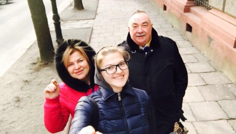 Коронавірус масово вбиває медиків в Україні: три історії про тих, хто програв бій із пандемією